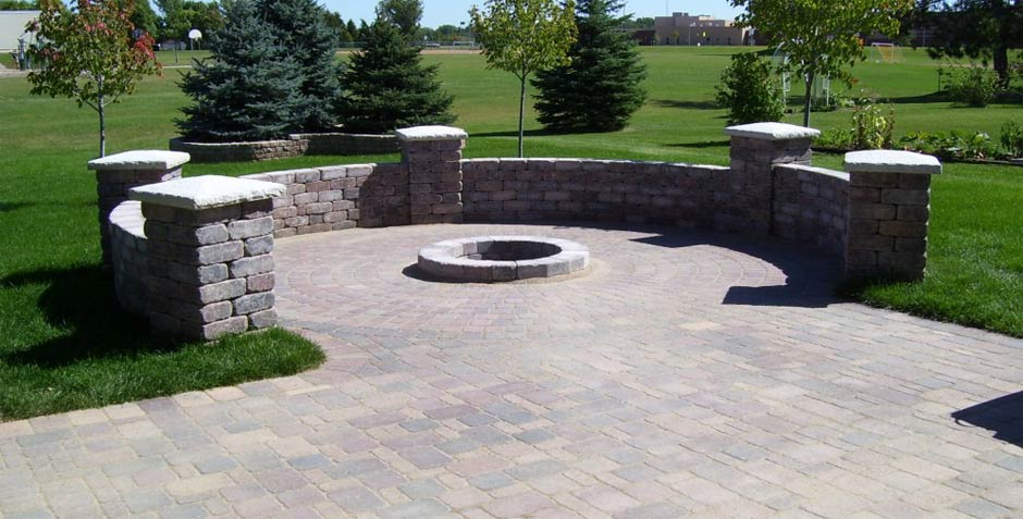 We build paver patios, driveways & sidewalks in the South Metro