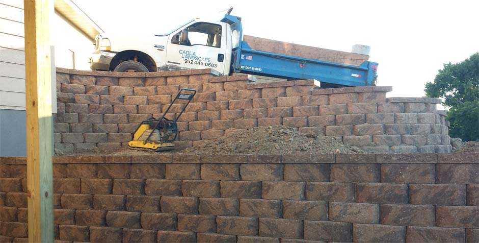 We build retaining walls for your South Metro home or business